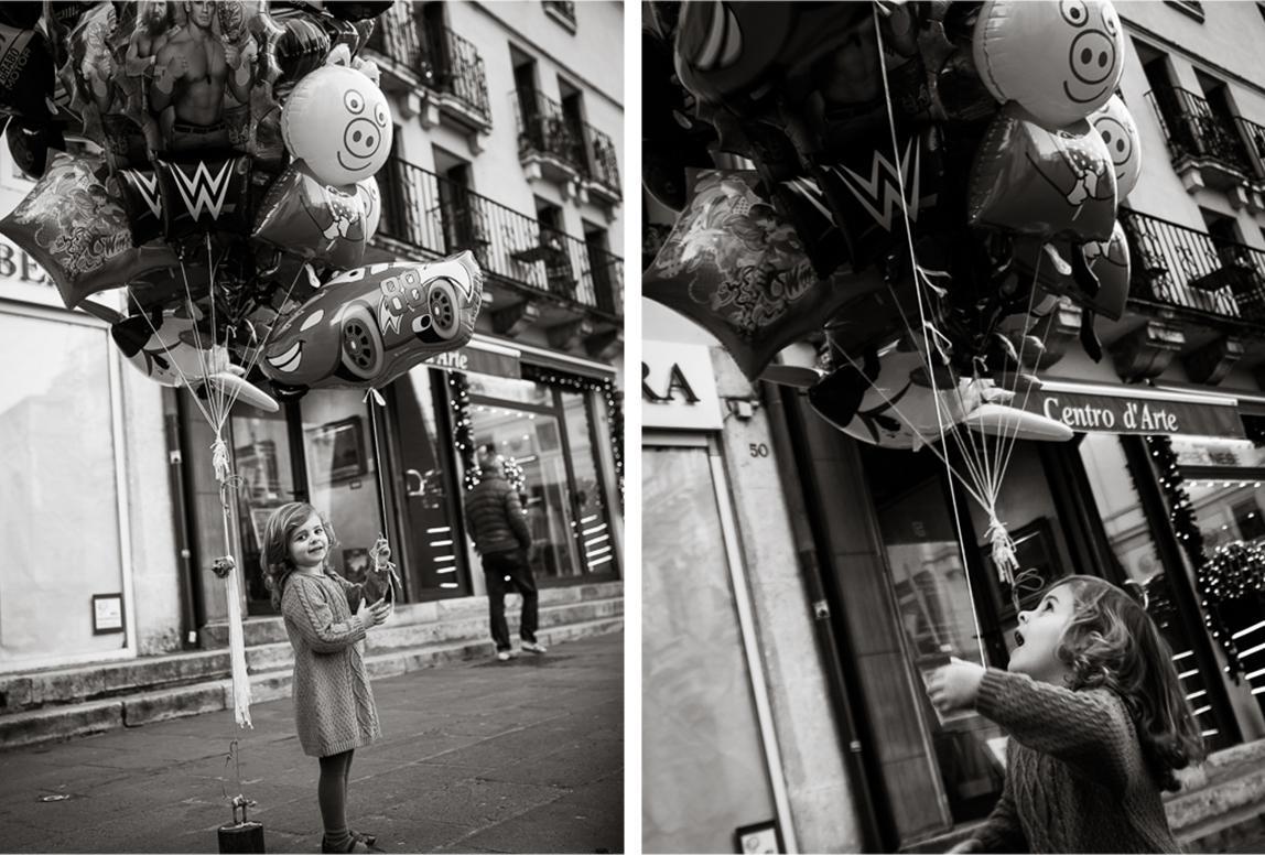 Palma Familienfotos: Junges Mädchen begeistert in den Straßen Palma de Mallorcas
