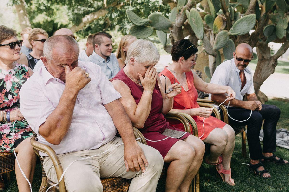 Mallorca - Freie Trauung auf Finca - Hochzeitsgäste berüht